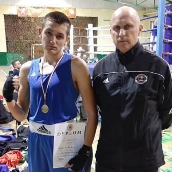 Sukces naszego zawodnika – Mateusza Bubicza w Międzynarodowym Turnieju Bokserskim w Dębicy